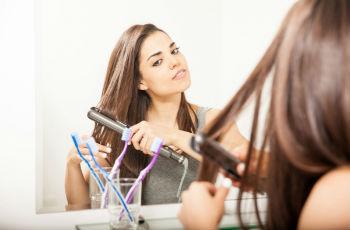 Укладка волос с помощью утюжка