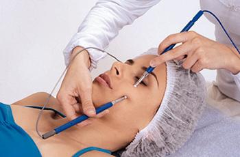 Микротоковая терапия в косметологии, показания и противопоказания