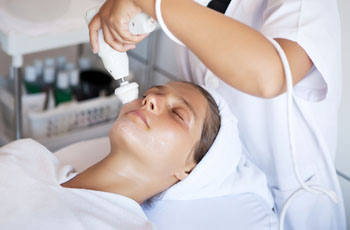 Аппаратные методы косметологии для лица и тела