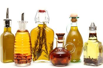 Эфирные масла, полезные свойства, применение для лица и волос, массаж, ванны, ингаляции