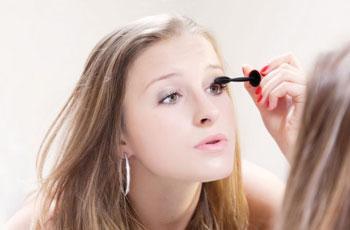 Нанесение туши на ресницы, советы как правильно красить глаза от визажистов
