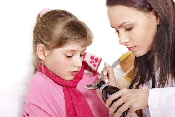 Лечить заболевания у ребенка необходимо своевременно для предотвращения осложнений