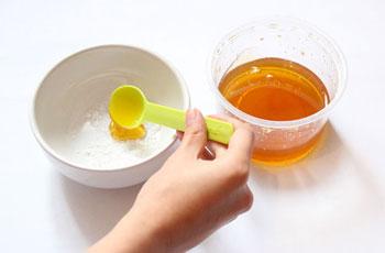 Рецепт маски для лица с морской солью и медом для разглаживания морщин