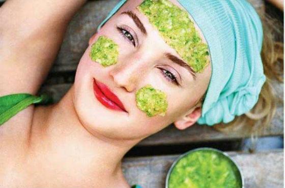 Приготовление масок с добавлением сока капусты