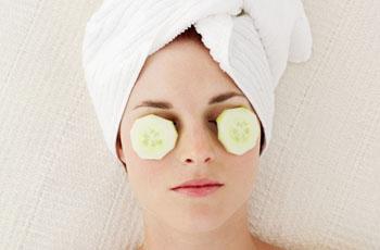 Маски для кожи вокруг глаз и области век, домашние рецепты