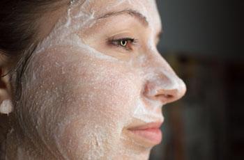 маски с витаминами от морщин на лице