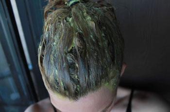 камирен с темными волосами фото