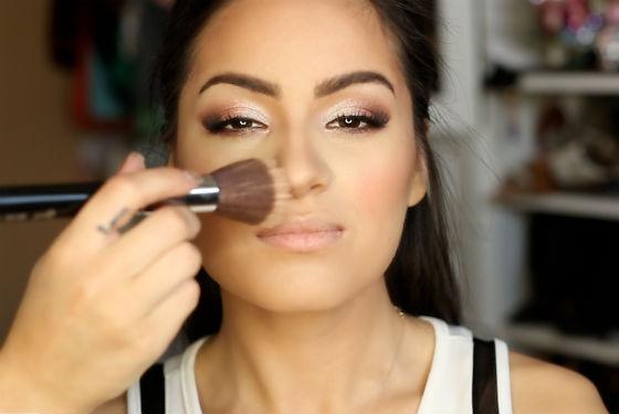 Подготовка основы макияжа, нанесение пудры