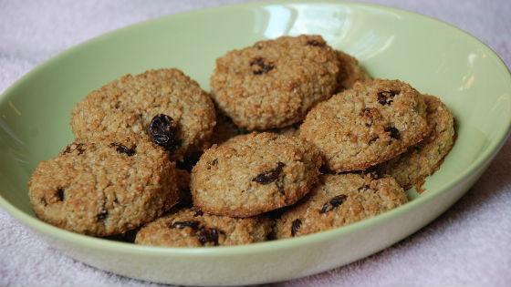 Печенье с добавлением отрубей и изюма