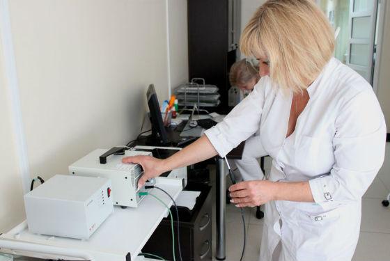 Подготовка аппарата Сургитрон к проведению операции