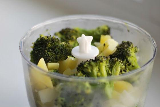 Прикорм из сезонных овощей предпочтительнее готовить самостоятельно