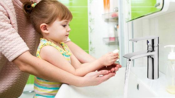 Частое мытье рук как самая эффективная профилактика кишечных расстройств