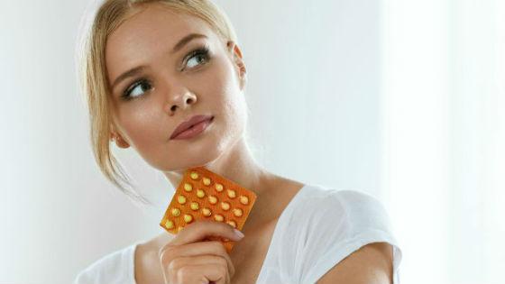 Отодвинуть дату менструации с помощью оральных контрацептивов