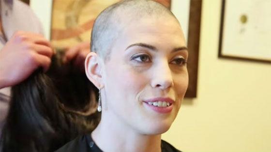 Надо сказать, что волосы до химиотерапии у меня были очень тонкими, сухими и ломкими.