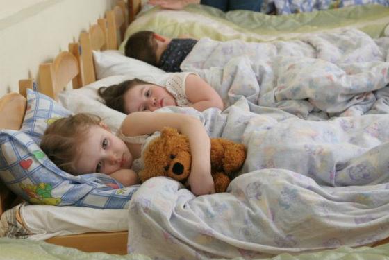 Любимая игрушка поможет малышу адаптироваться в детском саду