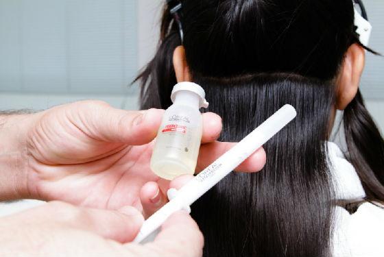 Нанесение на волосы состава для ботокса