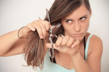 Можно ли беременным стричь волосы: приметы, мнение врачей
