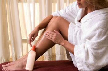 Сухая кожа на ногах, причины, увлажнение, 5 рецептов масок для ног