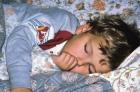 Почему ребенок говорит во сне?
