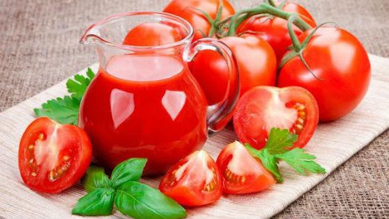 Кувшин с томатным соком