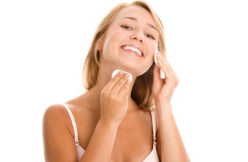 Уход за кожей лица, типы кожи, ежедневное очищение, тонизирование, увлажнение и питание кожи
