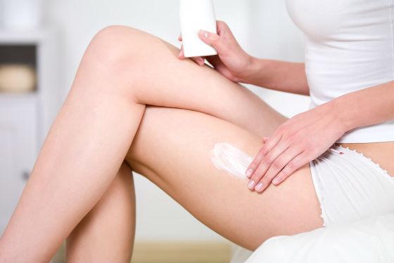 Уход за кожей бедер, увлажнение и питание