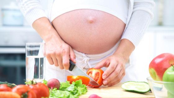 Как не набрать лишний вес при беременности: нормы прибавки, режим питания, вредные продукты, спорт для беременных